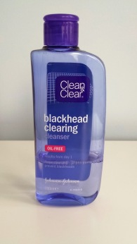 clean and clear blackhead clearing cleanser 1.jpg