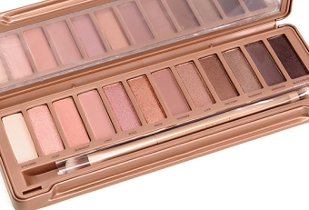 naked-palette-3-online-fashion-magazine-1